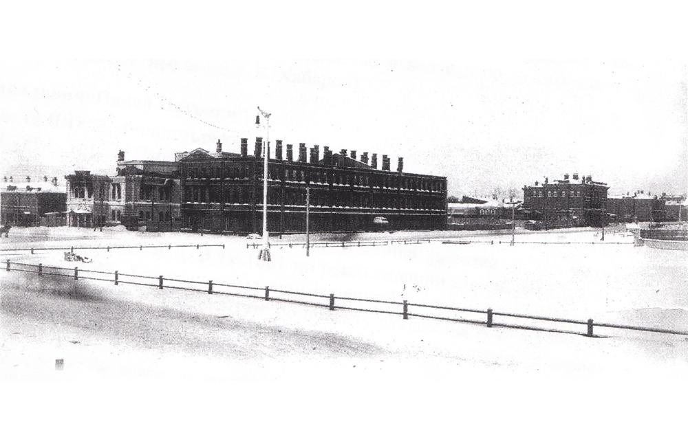 Здание Управления Cибирской железной дороги после пожара 1905 г.